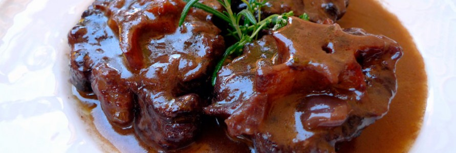 Rabo de toro en su salsa - Restaurante El Picaor