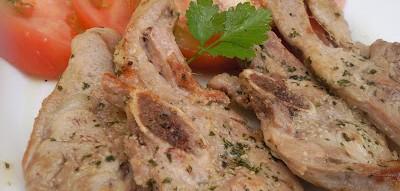 chuletas de pavo al ajillo - Restaurante El Picaor