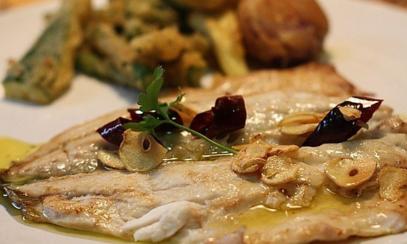 Dorada a la donostiarra | Restaurante El Picaor
